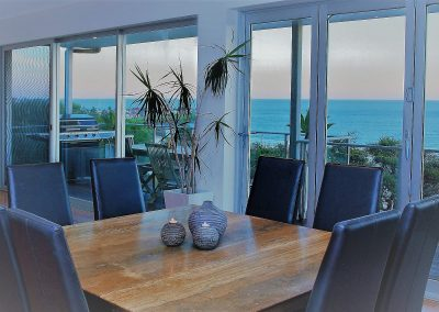 11 Dining table inside (2)